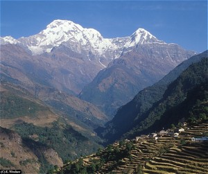 Annapurna South and Hiunchuli.